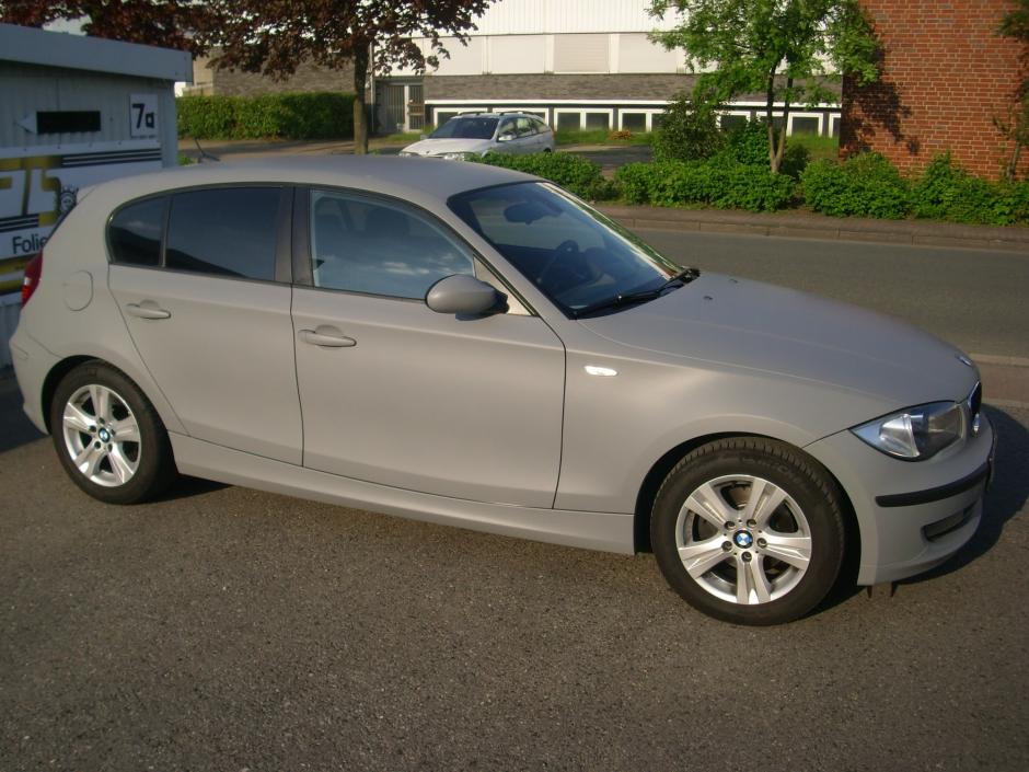 BMW grau